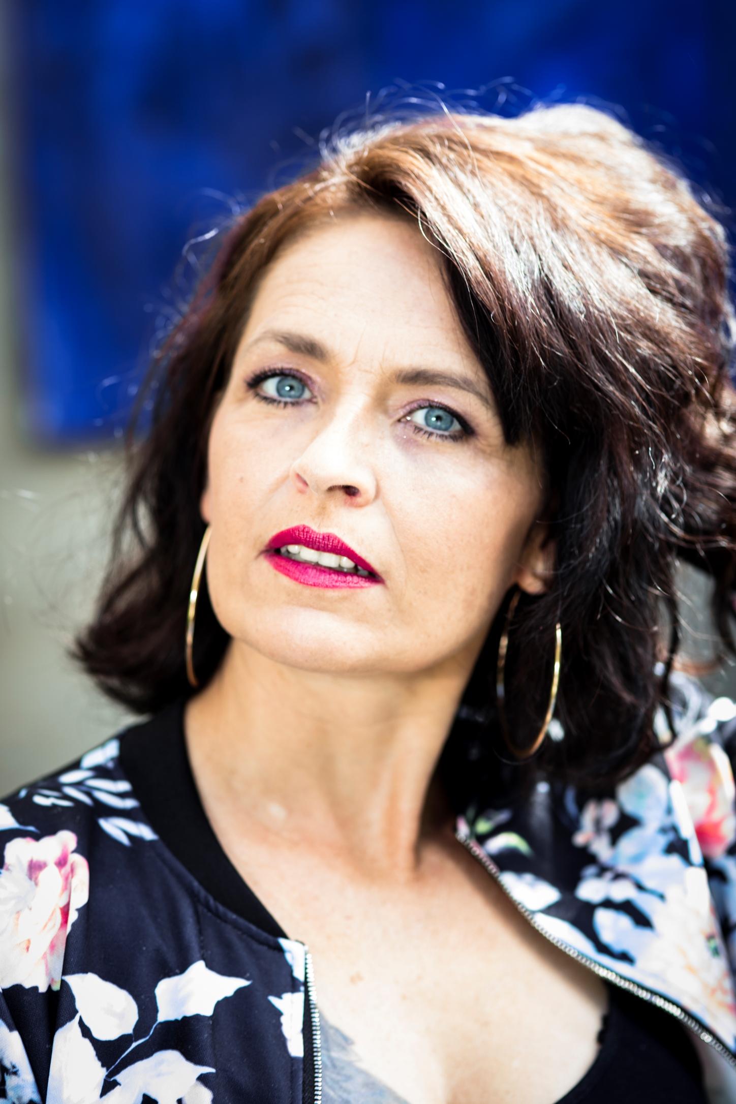 Cliquez pour CV Rebecca Bonvin